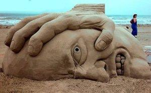 sand_smashing_face